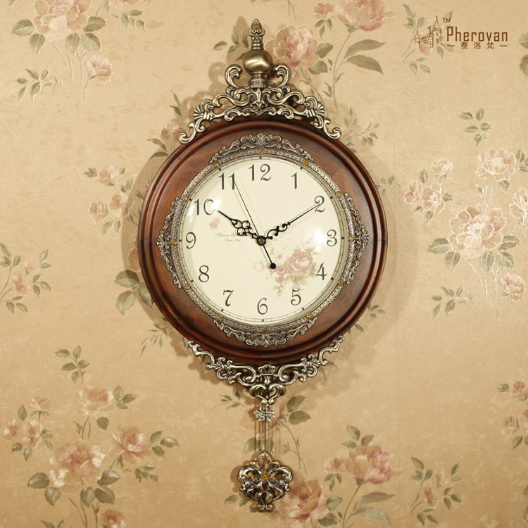 Reloj de pared mecedora de madera de estilo europeo, reloj de sala de estar chino, reloj artesanal de madera de estilo americano y europeo