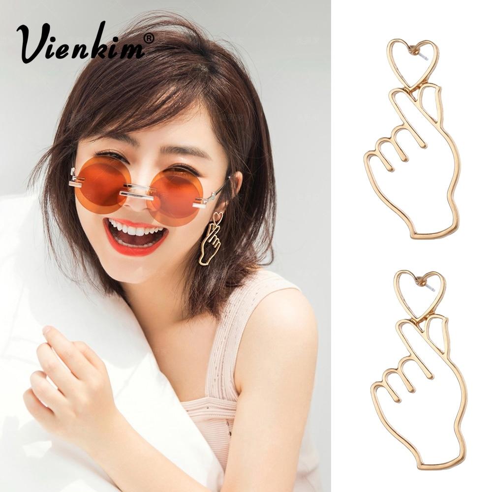 Vienkim 1Pair Personality Hand Than Heart Earrings Hollow Finger Love Earrings Earrings For Women I LOVE YOU Jewelry