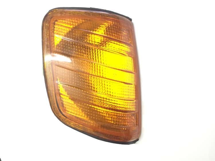 Amarillo luz de curva Lado derecho para Mercedes W124 E260 E280 E300...