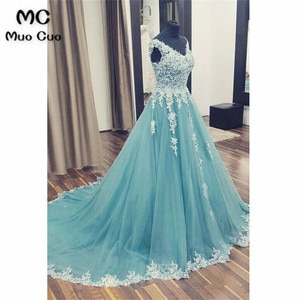 Elegant A-Line Prom Dresses Long with Lace Appliques Floor Length V-Neck Tulle Formal Evening Party Dress for Women