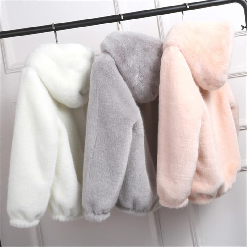 Lovepeapomelo 2020 nouveau manteau en fausse fourrure avec capuche taille haute mode mince noir rouge rose fausse fourrure veste fausse fourrure de lapin D390