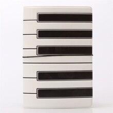 Piano clés étui passeport couverture hommes, conception 3D PU & PVC cuir voyage passeport support, 14*9.6cm