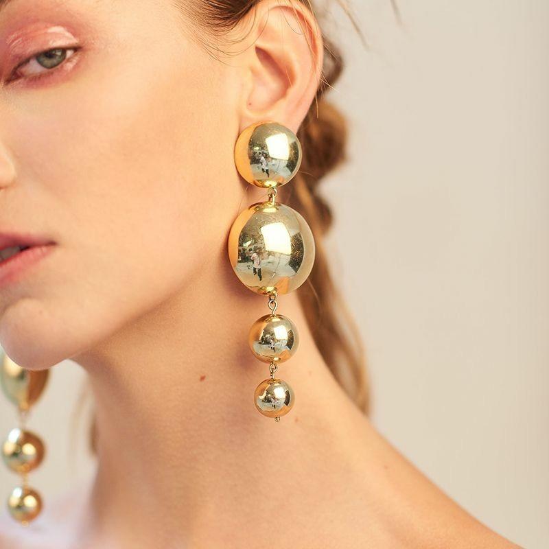 Nuevos pendientes de moda con personalidad, pendientes de bola redonda Pop, pendientes muy grandes de oro para mujer, venta al por mayor