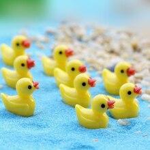 10 sztuk/paczka figurki doniczki ogrodowe miniaturowe Mini żywica żółta kaczka śliczne miniaturowa figurka ozdoby 1.8*1.5CM Fairy Garden