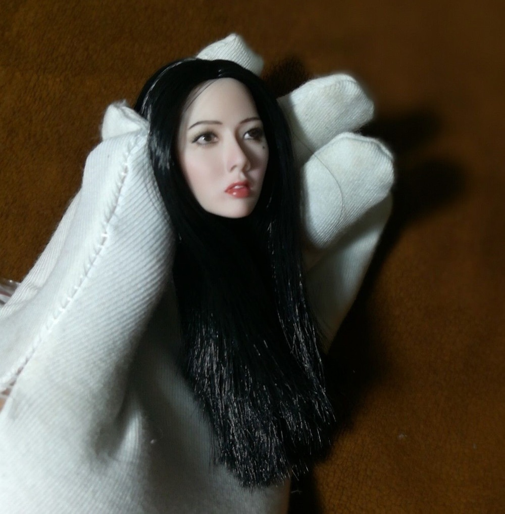 1/6 Female Head Sculpt Korean star Girl Head Asian Pale Skin Black Long Straight Hair 12 inches girl Women HT PH Body Figure