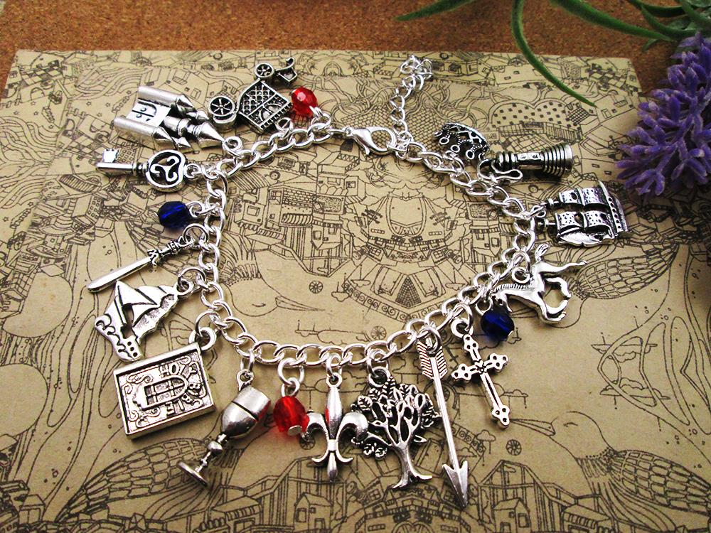 reign Charm Bracelets Queen of Scots silver plated bracelet gift for girl /boy,party ,birthday gift