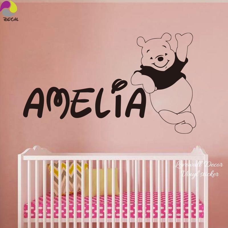 Персональное имя Винни-Пух Наклейка на стену Детская Наклейка 150 см x 87 см пользовательское имя медведь виниловый Домашний декор росписи