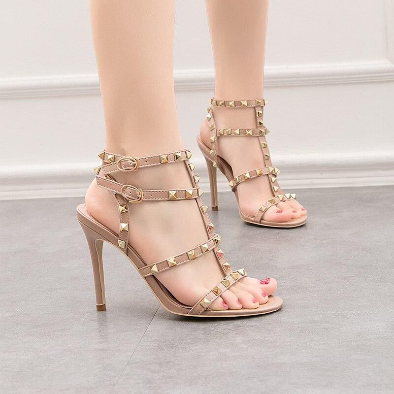 Las mujeres clásico bombas de 2019 sandalias de remaches de tachuelas de tiras con tacones altos Galdiator sandalias hebilla de correa de tobillo zapatos