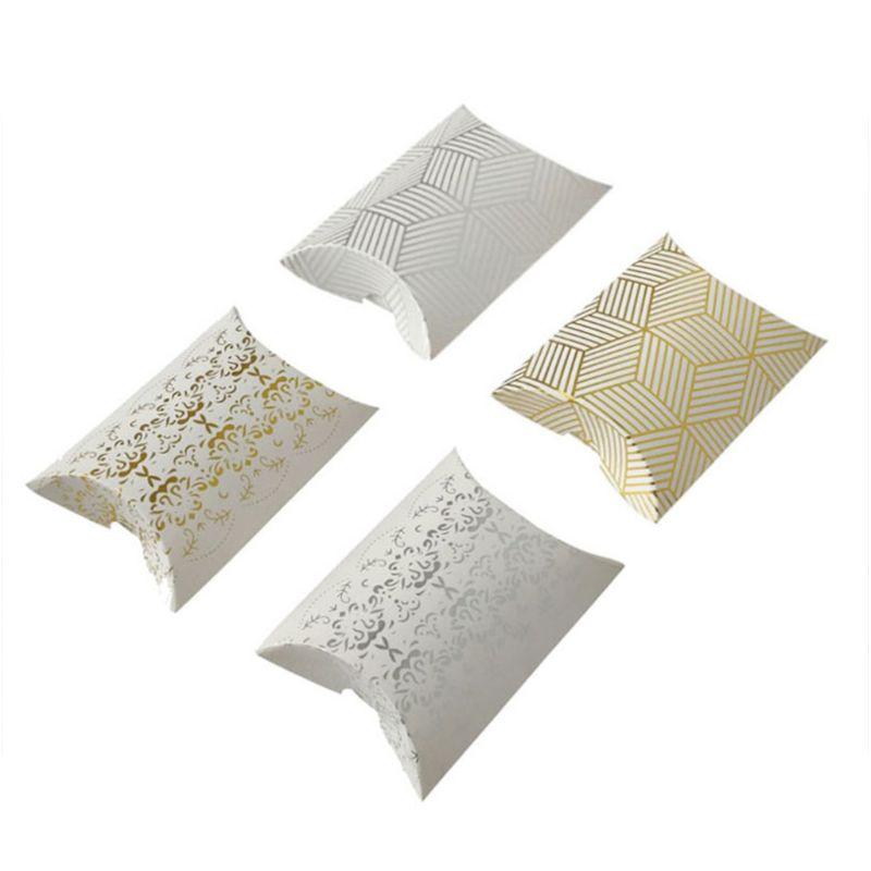 Caja de dulces creativa de papel de oro de 25 uds., regalos de plata calientes, funda decorativa en forma de almohada, caja de cartón de estilo europeo para boda