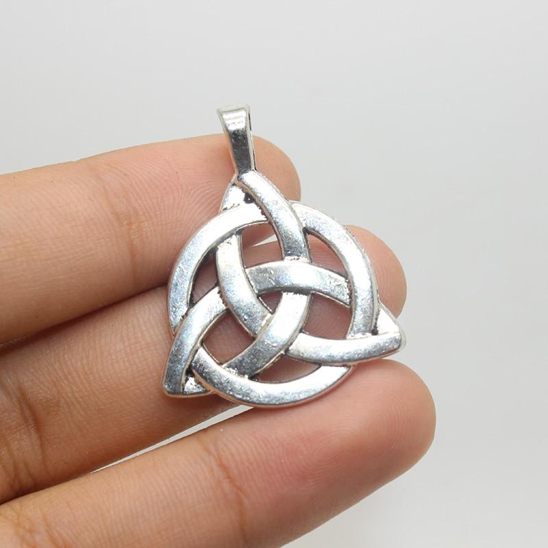 5pcs--, Antique Tibetan Silver 2 Sided Celtic Knot pendants,Triquetra, Celtic Triquetra Knot, Trinity Knot 35x27mm