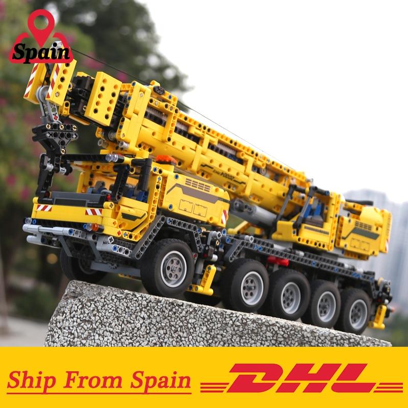 DHL 20004 Motor Power Mobile Crane Mk II Model Building Kits Blocks Birthday Compatible with Technic 42009 Crane Model Toys