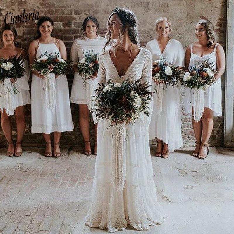 2021 Bohemian Country Wedding Dresses V-Neck Long Sleeve Appliques Lace Backless Beach Boho Beach Plus Size Wedding Dress