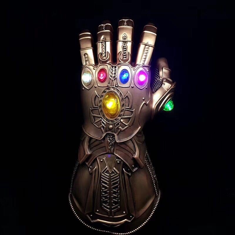 Guerra del infinito Thanos Guantelete del Infinito piedra infinito luz Led 35CM PVC MODELO DE figura de acción de juguete
