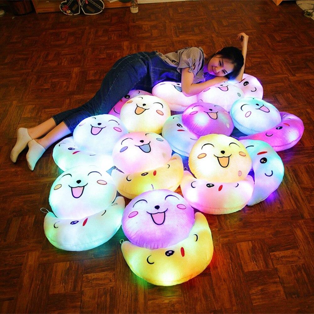 Almohada luminosa de 35cm, juguetes navideños, almohada con luz Led, emoticono Facial colorido, regalo de Navidad, cumpleaños, para niños