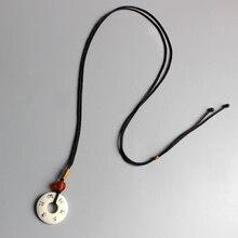 Tibétain bouddhiste fait à la main Simple chaîne de corde avec OM Mani Padme Hum signe Tagua écrou pendentif collier pour homme femme