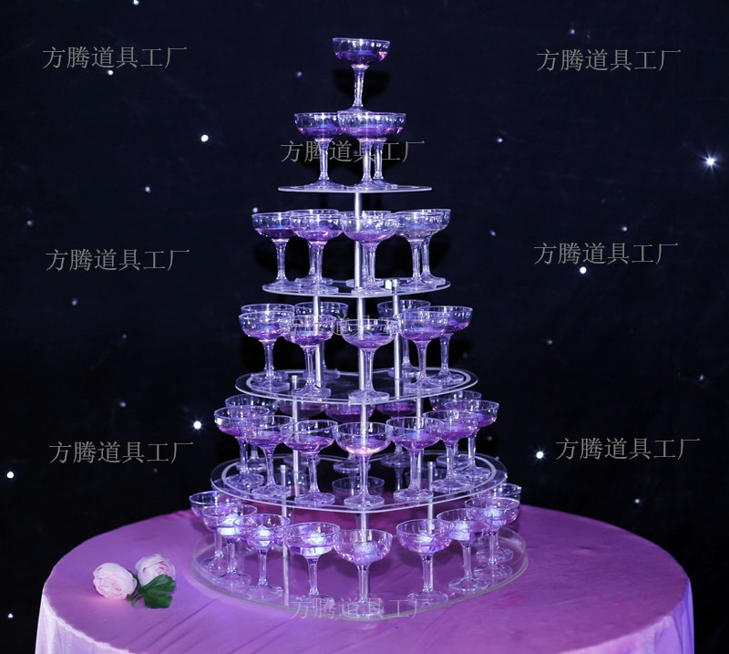Beautiful Wedding champagne Tower Wine Tower With Five Tiers Heart-Shape Party Decoration Wedding Props