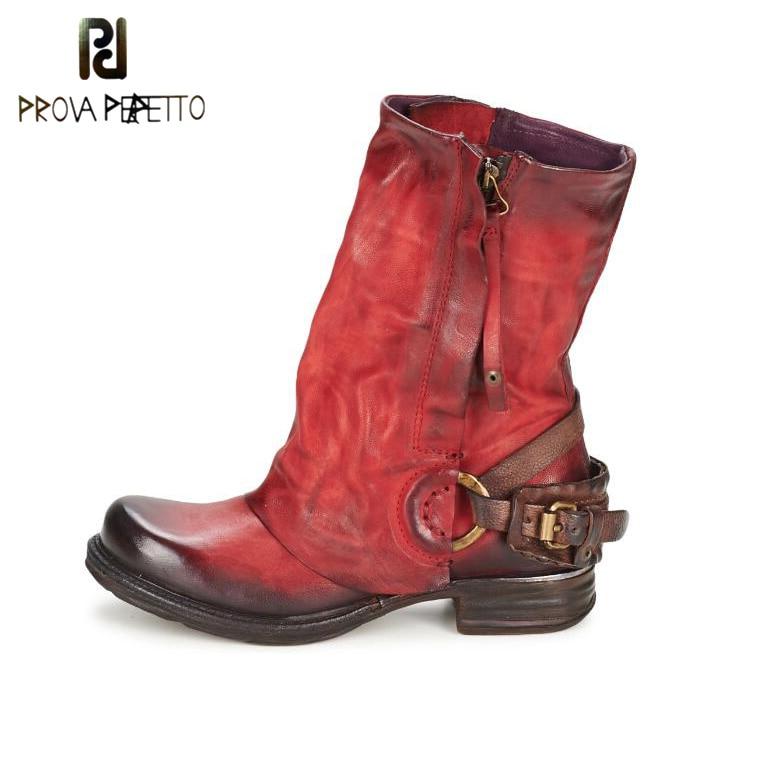 Prova Perfetto الشتاء أحذية النساء تفعل القديم الجلود الداخلية الفراء الدفء بوتا مشبك الأزياء منتصف العجل أحذية للدراجات النارية كبيرة الحجم
