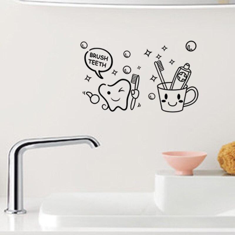 Adorável dos desenhos animados escova dentes sorridente rosto vinil adesivos de parede para o banheiro arte decoração diy removeable decalques preto