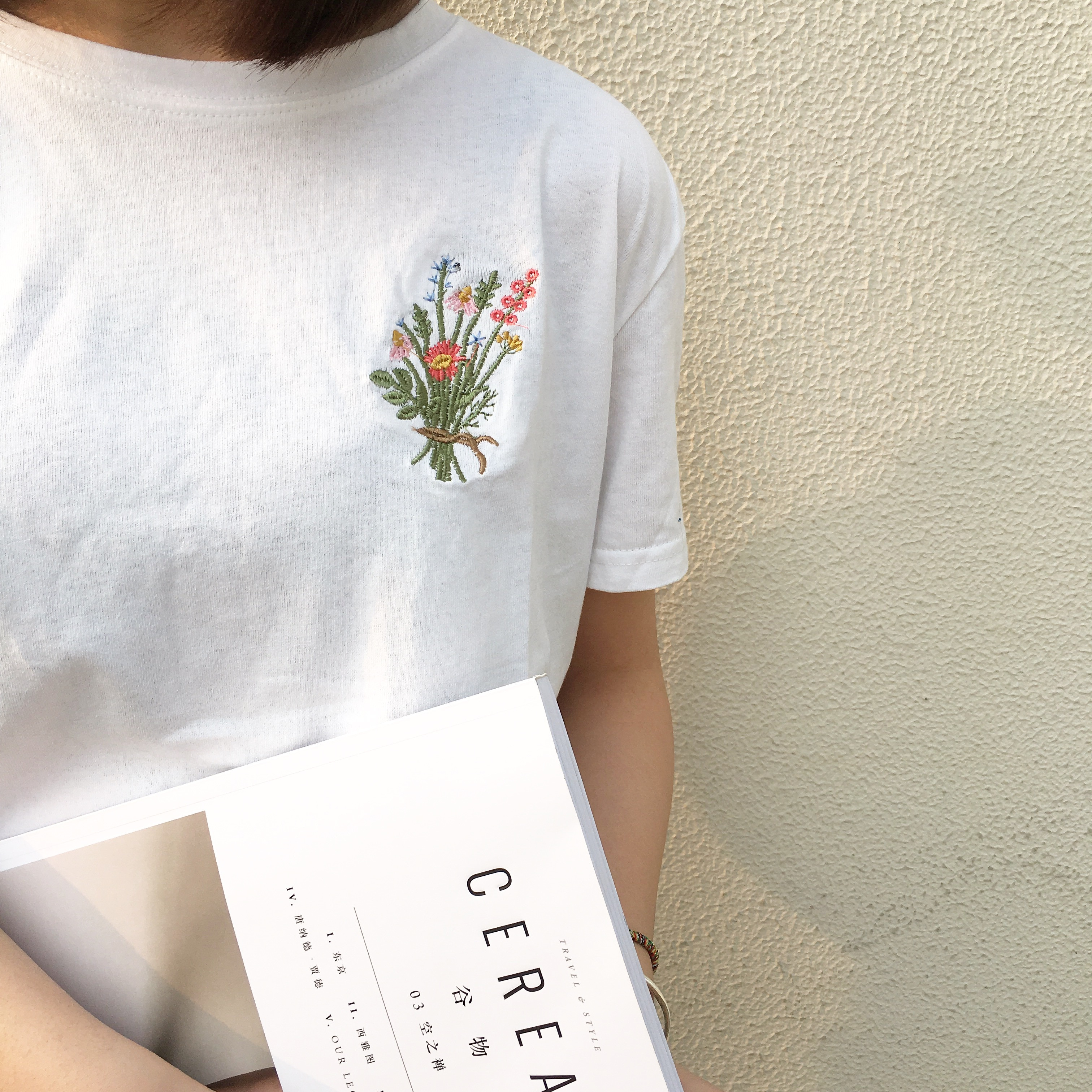 Camisetas de Mujer 2020, camiseta de verano a la moda, Top coreano Ulzzang bordado Harajuku Floral, camiseta de manga corta para Mujer, Camiseta básica