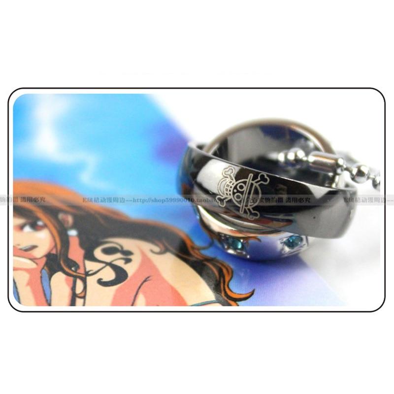 Doble anillo de collar de aleación de metal de Anime una pieza/Hatsune Miku/ataque en Titán/Naruto Cosplay regalo Accesorios