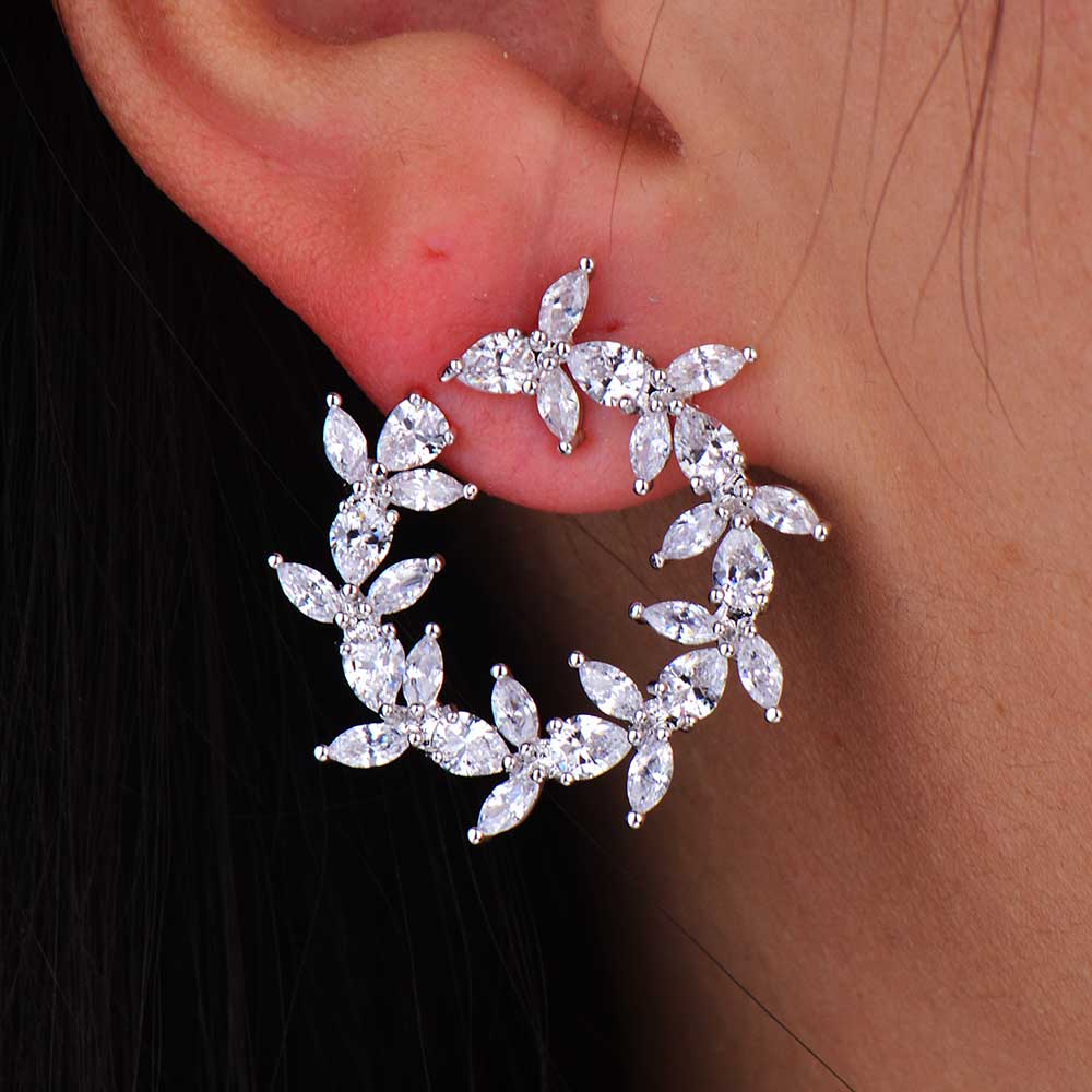 GODKI New Arrival Fashion Cubic Zirconia Brilliant Elegant Flower Stud Earrings for Women Size 1.8CM*1.8CM