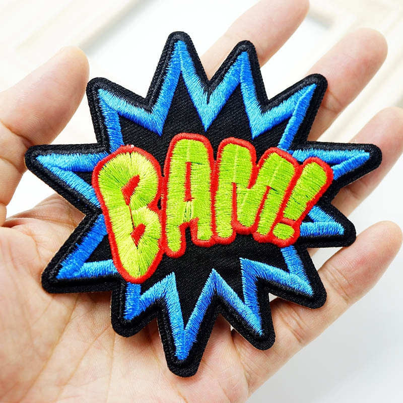BAM tamaño (9,5x10,0 cm) DIY insignia de parche de tela bordado lindas insignias Hippie hierro en parches de dibujos animados para niños adhesivos para ropa