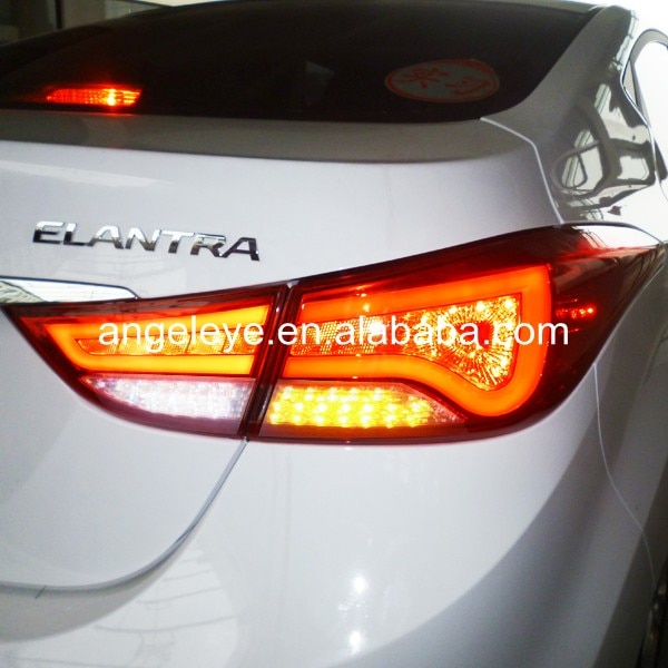 Para Hyundai Avante i35 Elantra tira de luz trasera LED 2011-2014 año rojo blanco color WH