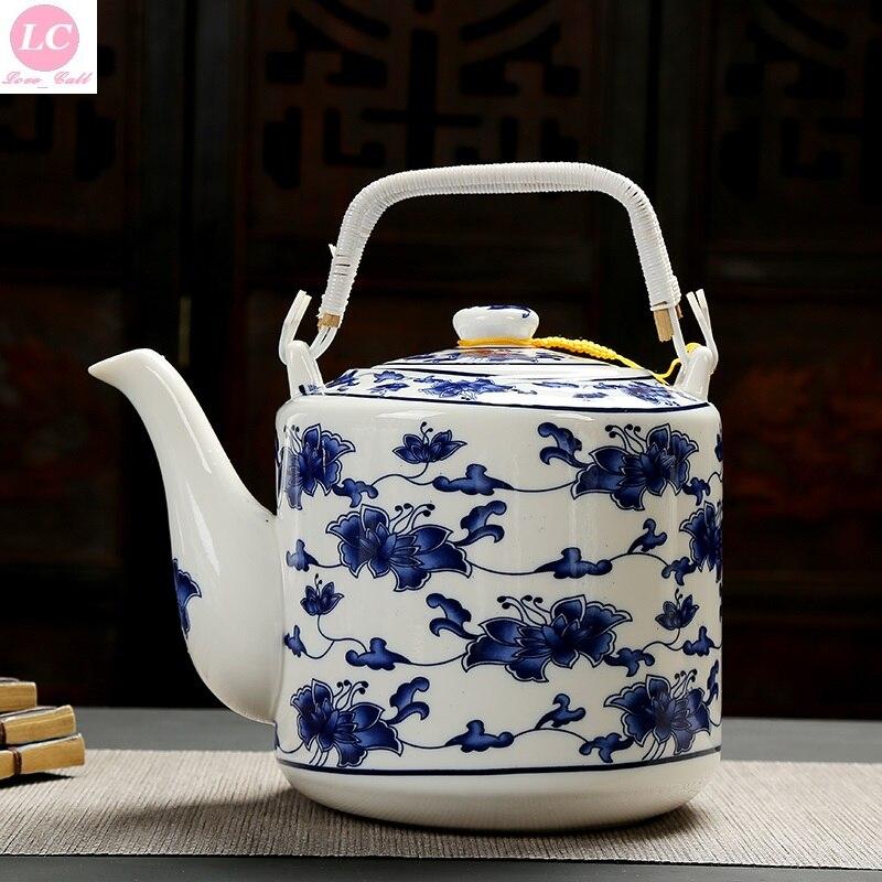 Jarra de agua, tetera de mesa, tetera de cerámica de 2000 ml, tetera azul grande-blanca, tetera, tetera de estilo fresco