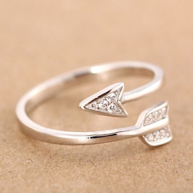 ¡NOVEDAD DE 2017! Anillos de flecha de cristal recubiertos a la moda para mujer, anillo de compromiso ajustable, flecha para mujer