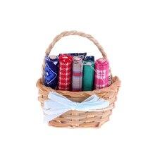 112 meubles de maison de poupée Miniature Kit de couture panier en osier avec accessoires en tissu Mini modèle 1/12 décoration de maison de poupée