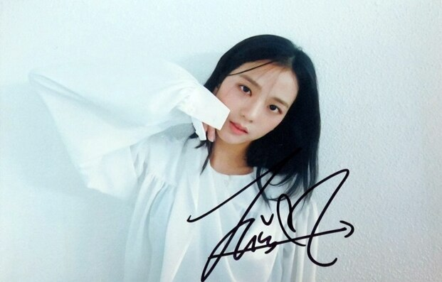 Kim Jisoo foto autografada assinado DDU-DU DDU-DU 4*6 K-POP 082018B