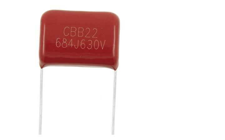 50 piezas CBB22 medida 630V684J 0,68 UF p = 20 MM pies