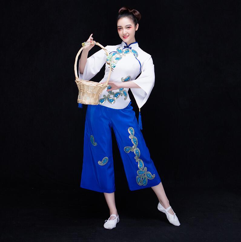 زي رقص كلاسيكي مع مروحة ، ملابس أنيقة ، زي رقص شعبي قديم ، فستان أداء نسائي ، مجموعة جديدة