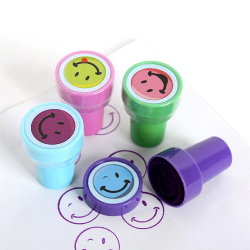 Sello de dibujos animados todo tipo de cara sonriente Animal marino lindo sello juguete niños plástico regalo de Navidad