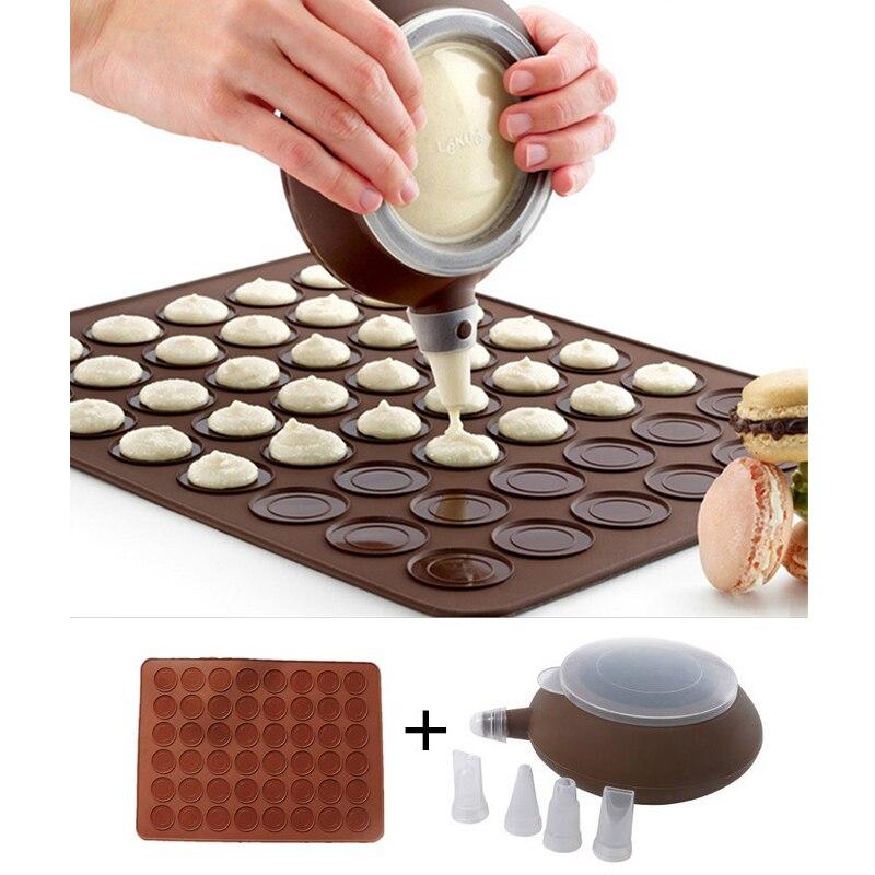 Juegos de macarrones LIXYMO (esterilla de silicona de 48 cavidades + 1 dispensador de crema con 4 boquillas) Máquina de macarrones moldes para hornear herramientas de uso en horno
