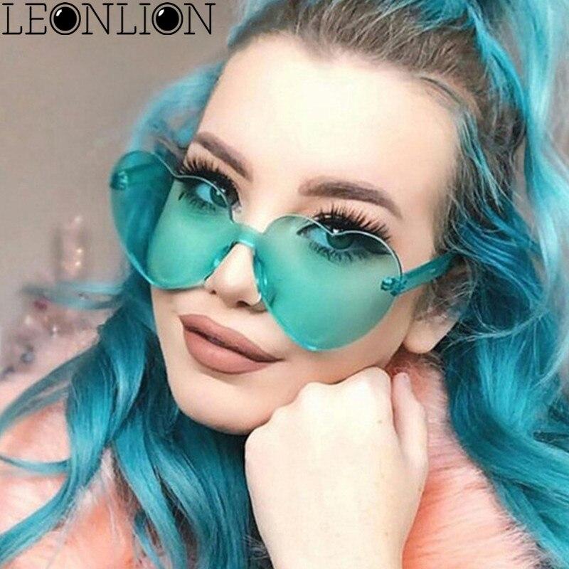 LeonLion 2018 New Heart-shaped Sunglasses Women Candy Color Lens Lady Plastic Sun Glasses Classic Vintage Oculos De Sol Feminino
