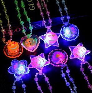 LED Light Up Cartoon Pendants Necklace Xmas Kids Adults Party Favor Creative Luminous Glow Necklaces Acrylic Lanyard presents