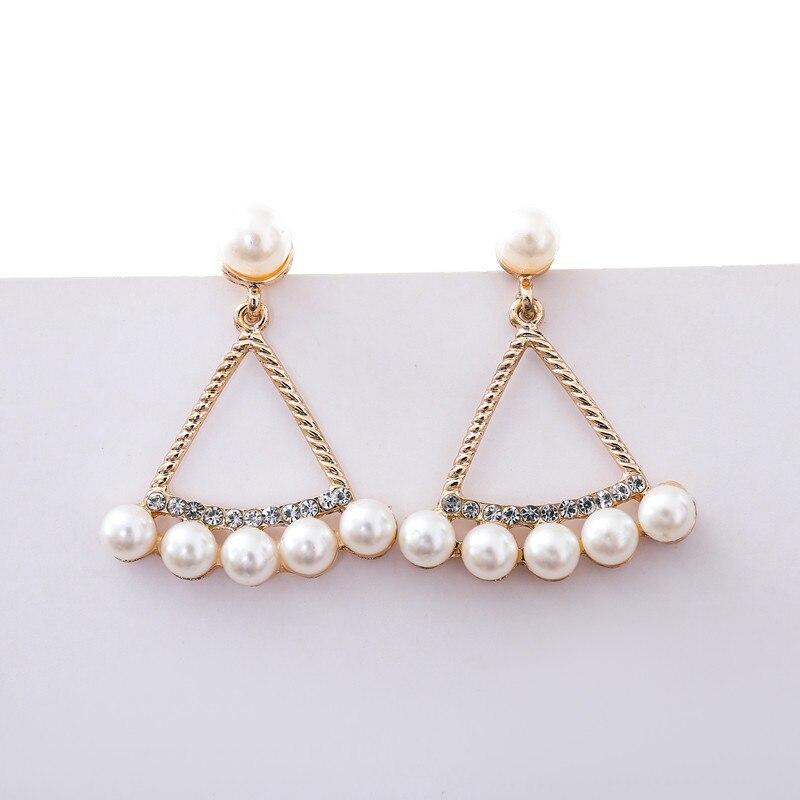 ¡Qué bonitas compras! 2019 Pendientes de broche de moda dorada cristal Brincos Perle Pendientes Bou Pendientes de perlas para mujer