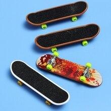 2 Pcs Finger Skateboard Spielzeug Kinder Mini Griffbrett Spielzeug Animation Benachbarten Modell Legierung & ABS Kinder Spielen Spielzeug #20