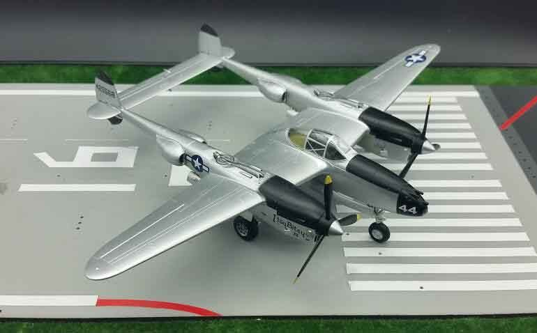 TRUMPETER 1 72 Segunda Guerra Mundial USAF P38 combate relámpago modelo 36430 modelo militar terminado