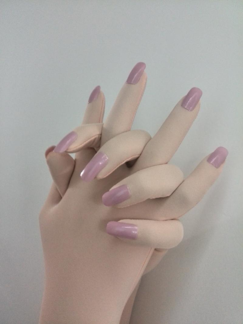 (MWF005) Luxuriöse Angepasst Kigurumi Nägel Mit Zentai Handschuhe