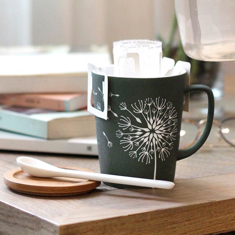 OUSSIRRO Kreative Löwenzahn blätter Thema Milch Kaffee keramik Becher Mit Deckel und Löffel Reine Farbe Tassen Tasse Küche Werkzeug Geschenk