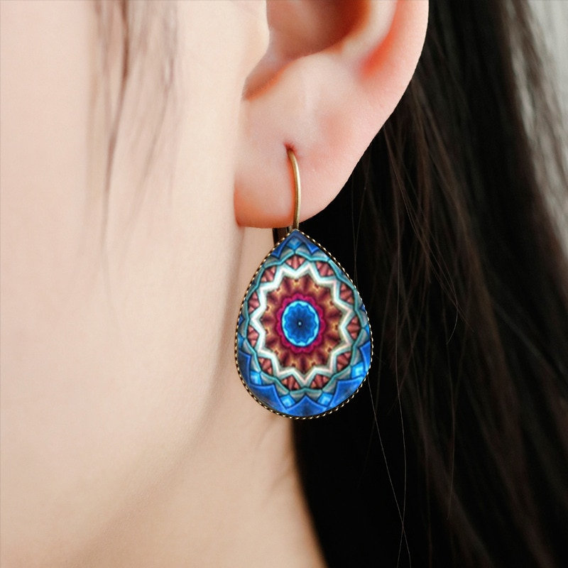 SUTEYI Bohemia Bright Flower Design Water Drop Fashion Women Earrings Mandala Yoga Indian Style Glass Tear Drop Earrings Jewelry