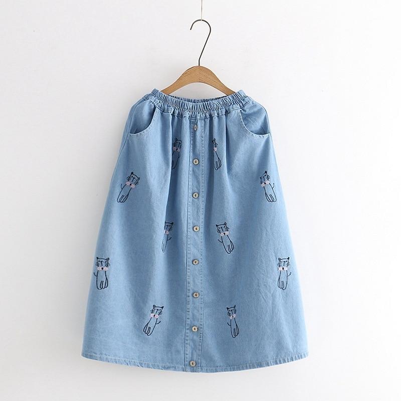 Falda larga estilo bohemio Vintage de cintura alta elástica con botones de una hilera de botones con bordado de dibujos animados Lolita Mori verano Denim Midi coreano