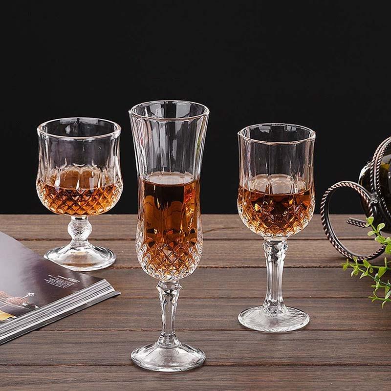 Copos de vinho de champanhe copos de vinho copos de vinho copos de vodka copos de vinho
