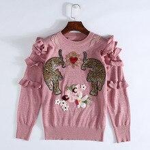 Pull tricoté rose brodé pour noël   Vêtements dhiver 2019, motif Animal brodé, pulls pour femmes, Design de piste, à volants, vêtements élégants