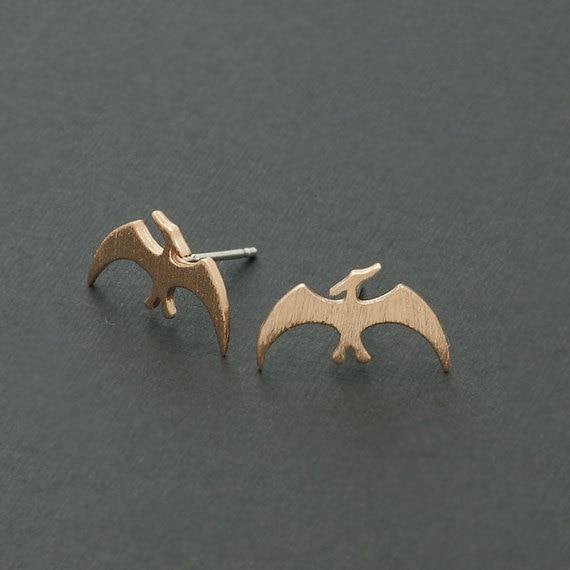 Daisies 10pairs/lot--Retro Animal Earrings Women Handmade Pterodactyl Dinosaur Stud Earrings Stateme