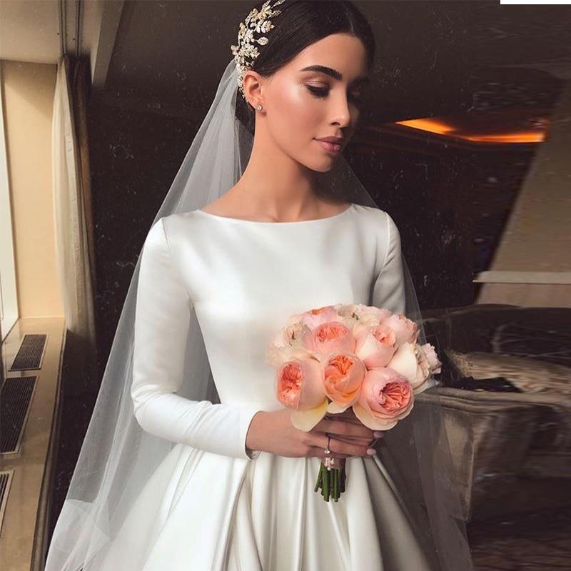 Promo Simple Vintage White Ivory A-line Wedding Dresses Long Sleeves Royal Satin Bridal Gowns Castle Garden Bridal Dresses Custom Made