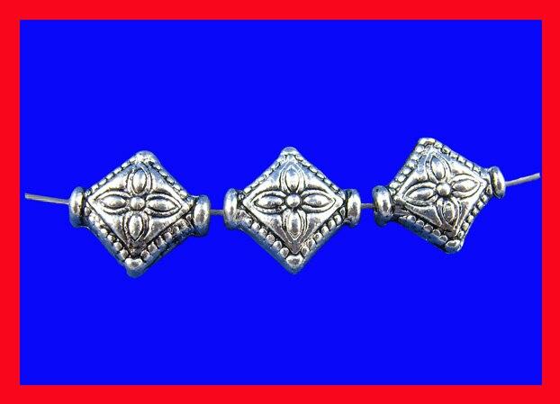 DoreenBeads cuentas separadoras de aleación a base de Zinc rombo flor de Color plata antigua tallada alrededor de 10mm x 8mm, agujero aprox. 1,1mm, 10 Uds.