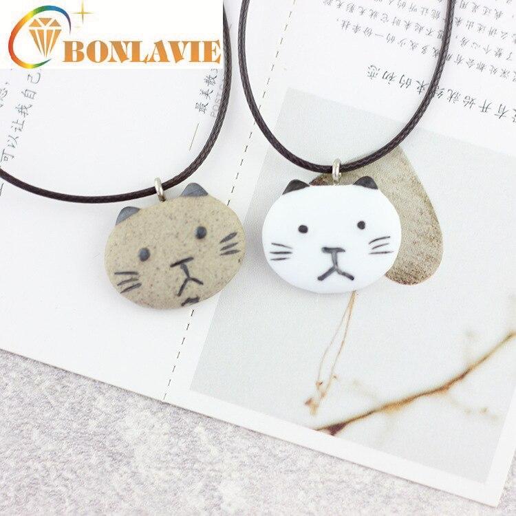 Collar pequeño de gato de dibujos animados, collar de cerámica marrón blanco para niñas estudiantes, cadena de clavícula para mujer, cadena de suéter corto